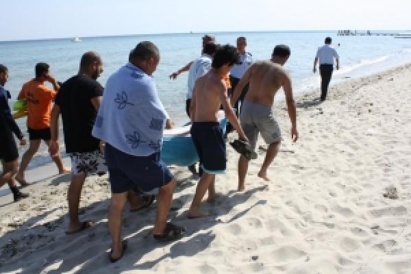 Serinlemek İçin Denize Giren Genç Kız Boğuldu